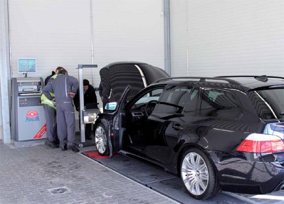 news unternehmen der zukunft maha liefert f r neues bmw autohaus reisacher 2010. Black Bedroom Furniture Sets. Home Design Ideas